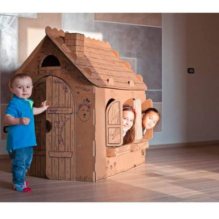 Casetta grande in cartone da montare e colorare giochi for Grande casetta per bambini