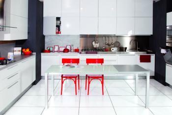 Tavolo soggiorno in vetro MORE 1400 x 800 mm allungabile fino a 2600 mm struttura Alluminio Brill e piano in Vetro Extra White