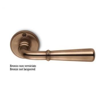 Maniglia Colombo Design serie Antologhia Accademia con rosetta bocchetta foro Normale finitura Bronzo