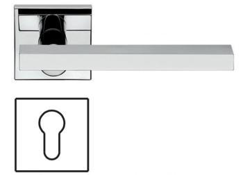 Maniglia per porta Fusital serie JP1 DUEMILA rosetta bocchetta quadrata foro yale cromo lucido
