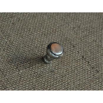Pomello per mobili artigianale Tondo Giara Art Design diametro 20 mm Britannio