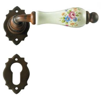 Maniglia in ferro per porta Galbusera serie Parigi finitura Nero Antico e porcellana con molla