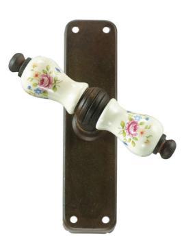 Maniglia in ferro per finestra Galbusera serie Parigi Cremonese finitura speciale e porcellana