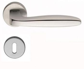 Maniglia per porta Valli & Valli H 1022 serie Ernani con rosetta bocchetta foro normale Cromo lucido / Cromo satinato