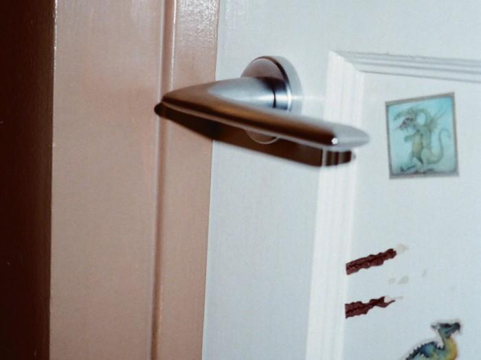 Maniglie di design per porte e finestre serie olivari modello tecno tuttoferramenta - Maniglie moderne per porte interne ...